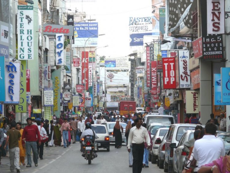 bangalore-commercial-street
